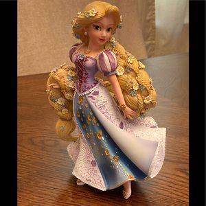 Disney Showcase Rapunzel Couture de Force Princess